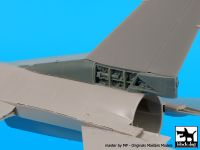 A48079 1/48 F-16 C tail electronics Blackdog