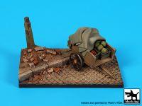 D35109 1/35 Street with cart base Blackdog