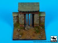 D35110 1/35 Temple (Vietnam ) base Blackdog