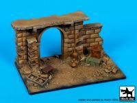 D35111 1/35 Gate (Afghanistan) base Blackdog