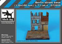 D72059 1/72 Berlin street base