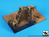 D72061 1/72 Desert ruin base Blackdog