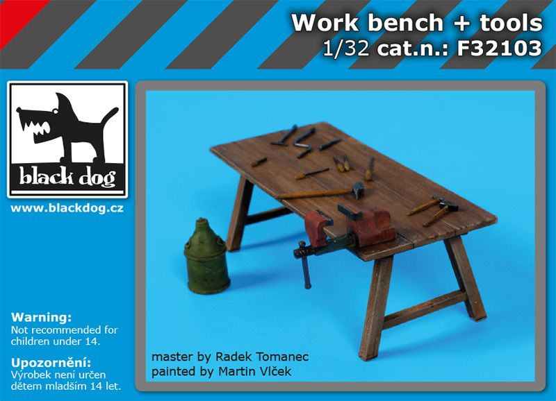 F32103 1/32 Work bench + tools Blackdog
