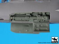 A48107 1/48 F-104 electronics+canon Blackdog