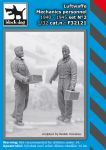 F32121 1/32  Luftwaffe mechanics personnel set N°2
