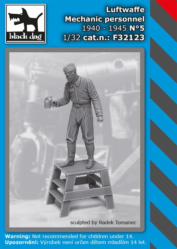 F32123 1/32 Luftwaffe mechanic personnel 1940-45 N°5 Blackdog