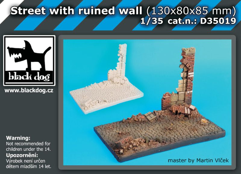 D35019 1/35 Street with ruined wall Blackdog