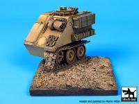 D35033 1/35 Destroyed M 113 base Blackdog