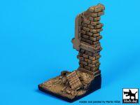 D35040 1/35 Hause ruin wall base Blackdog