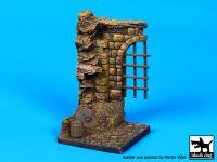 D35047 1/35 Medieval gate base Blackdog