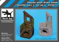D35071 1/35 Housewith drain base Blackdog