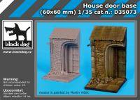 D35073 1/35 House door base