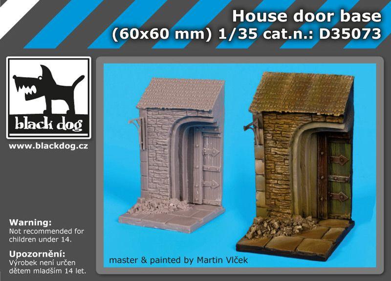 D35073 1/35 House door base Blackdog