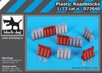 D72040 1/72 Plastic roadblocks Blackdog