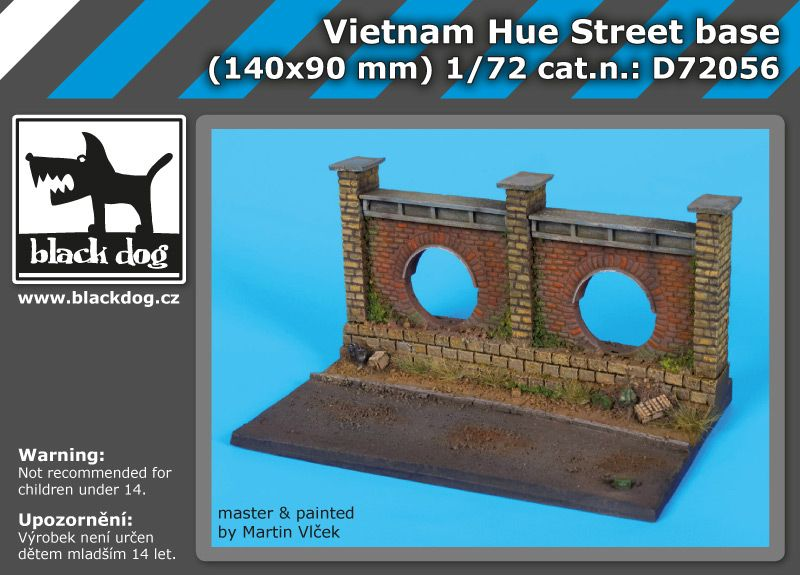 D72056 1/72 Vietnam Hue stret base Blackdog