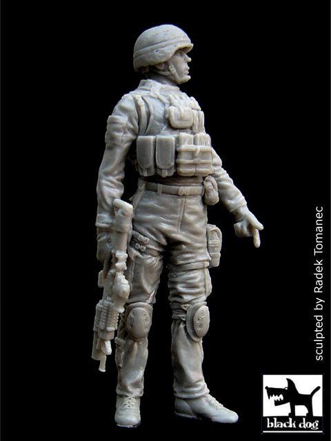 F35005 1/35 US soldier in Iraq Blackdog
