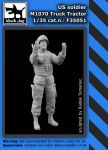 F35051 1/35 Us soldier M1070 Truck tractor