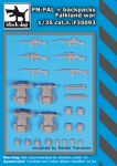 F35093 1/35 FN-FAL plus backpacks Falkland war