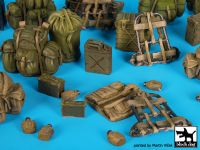 T35164 1/35 US Army(Vietnam)equipment accessories set Blackdog